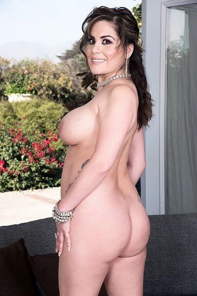Ciara Ryder Big Tits Model Profile